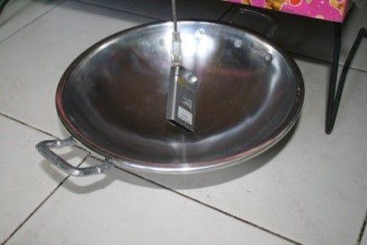 Gambar 4.3.a Kuat sinyal menggunakan wajan parabola diameter 25cm.jpg