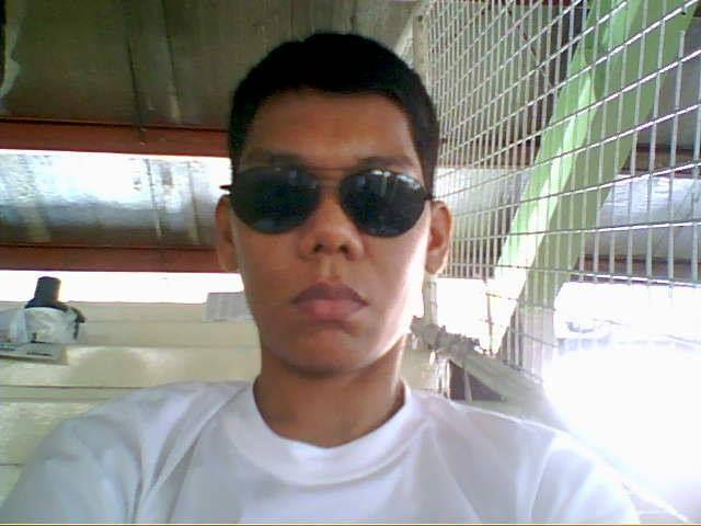 Arnold sunglasses.jpg